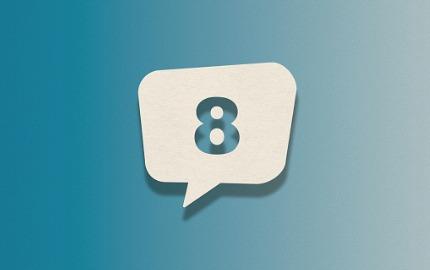 Zahl 8 in einer Sprechblase